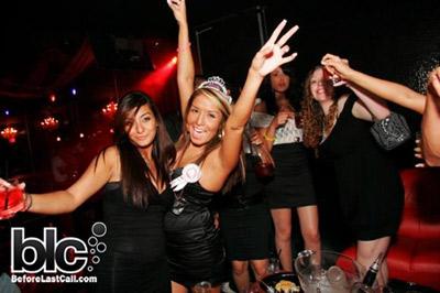 Hot Night Clubs in Toronto